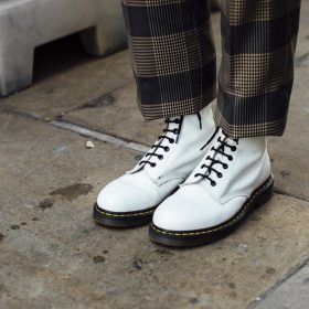 How to wear Dr. Martens?