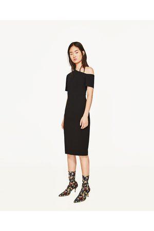 Kvinder Asymmetriske kjoler - Zara ASYMMETRISK KJOLE MED ÉN SKULDER - Fås i flere farver