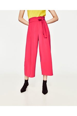 Kvinder Trekvartbukser - Zara CROPPED BUKSER MED BÅND I SIDEN - Fås i flere farver