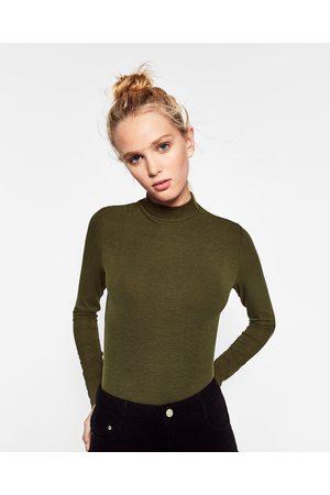 Zara OVERDEL MED RULLEKRAVE I RIB - Fås i flere farver