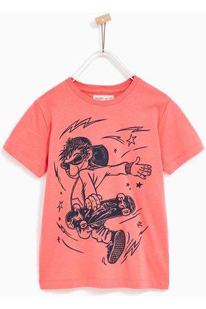 Zara T-SHIRT MED TRYK AF SKATER