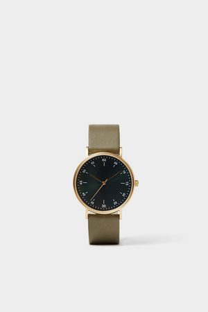 Zara Ur med minimalt design og grøn læderrem