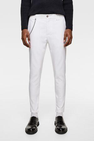 Zara Jeans med huller og lapper