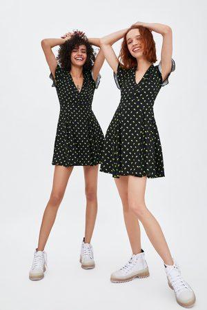 6d8efe475ccd Zara Kjole med print af citroner