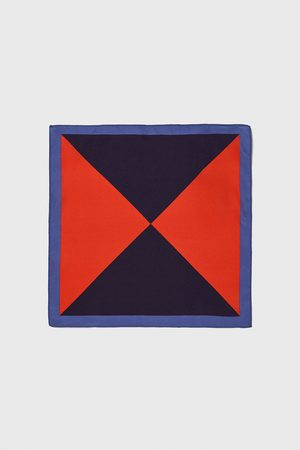 Zara Lommetørklæde i trekantet design