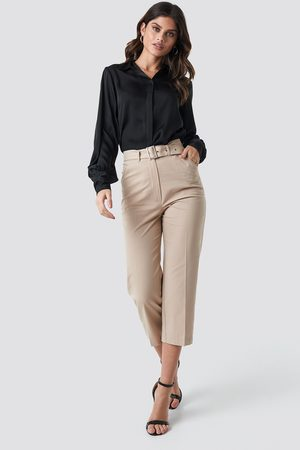 NA-KD Cropped Belted Pants