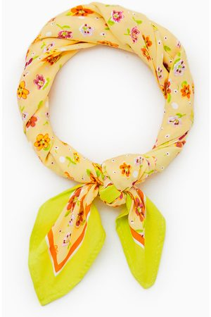 Zara Blomstret tørklæde