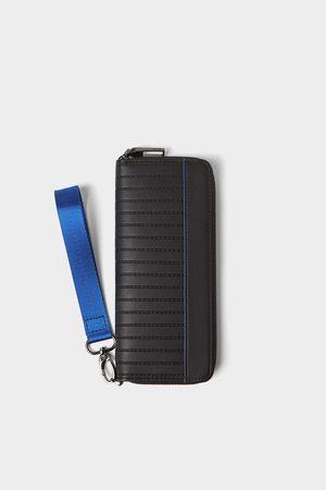 Zara Xl tegnebog med blå detaljer