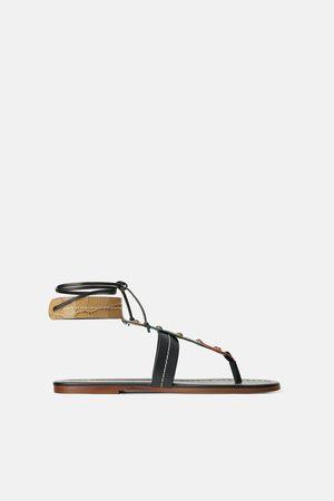 c93a9e1cec9d Zara Flade sandaler med farvede stykker