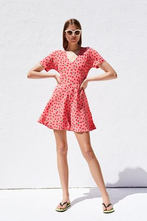 Zara Kjole med kirsebærmønster
