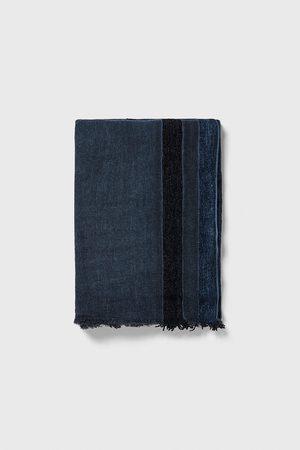 Zara Tørklæde med striber i kontrast
