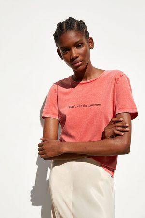 Zara T-shirt med falmet look