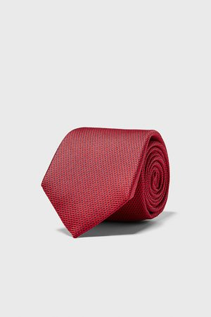 Zara Bredt slips med struktur