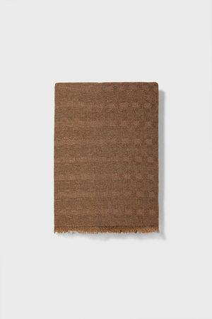 Zara Basic, strukturvævet tørklæde
