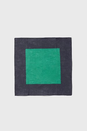 Zara Tørklæde med polkaprikker og bort