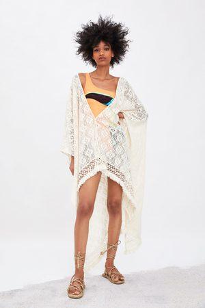 Zara Strukturvævet kimono med frynser