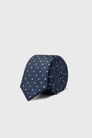 Zara Smalt slips med polkaprikker
