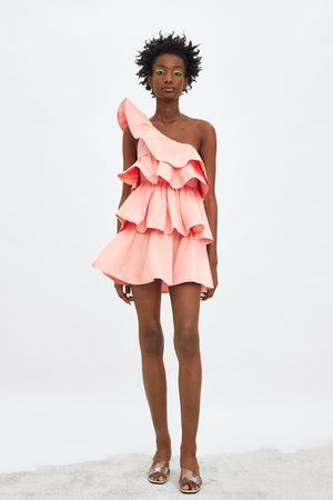 0de20d89ba95 Zara Limited edition kjole med asymmetri og flæser