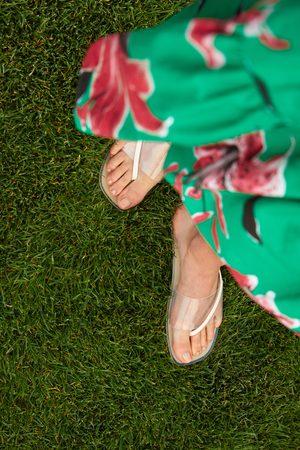 Zara Flade sandaler i vinyl med krydsede remme