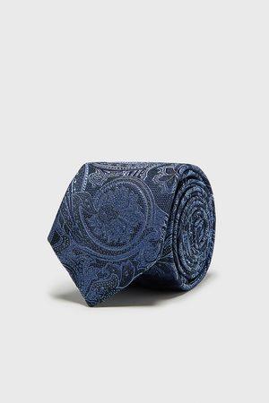Zara Bredt, jacquardvævet slips med paisleymønster