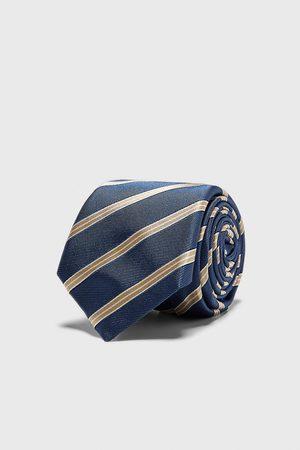 Zara Bredt, stribet, jacquardvævet slips