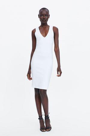 Zara Stram kjole med struktur