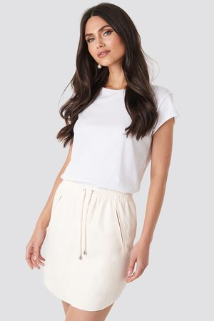 NA-KD Faux Leather Casual Skirt