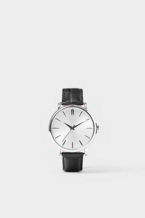 Zara Ur med vintage design og læderrem
