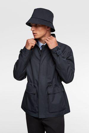Zara Vandtæt travellers-jakke