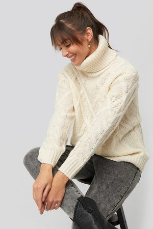 NA-KD Cable Knitted High Neck Sweater