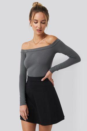 NA-KD Long Sleeve Bardot Top