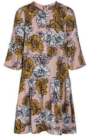 Creamie Dress Wallpaper Flowers