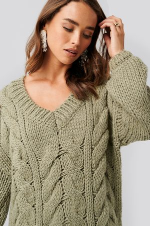 NA-KD Kvinder Strik - Wool Blend V-Neck Heavy Knitted Cable Sweater