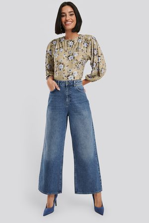 NA-KD Straight Fit Cropped Jeans