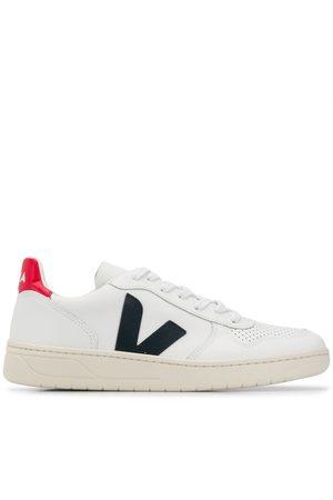 Veja Sneakers med sort V