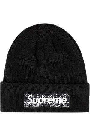 Supreme Huer - X New Era hue med logo