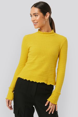 NA-KD Frill End Ribbed Polo Sweater