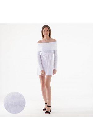NA-KD Off shoulder plisse mini dress