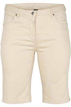 Adia 801111-3371 Shorts