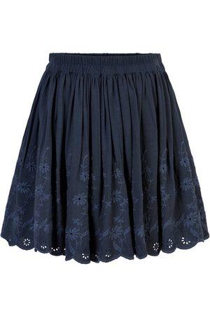 Creamie Skirt Embroidery (821356)