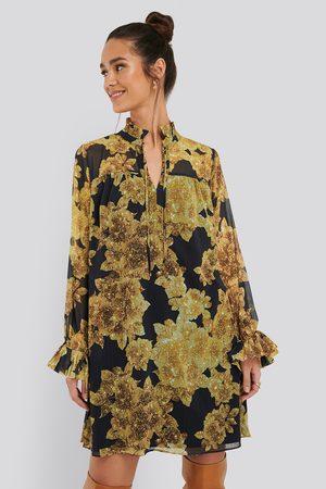 Trendyol Wide Cut Mini Dress
