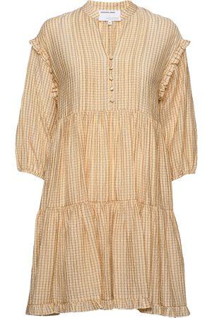 Designers Remix Kvinder Kjoler - Voluminous Tiered Dress Kort Kjole Beige