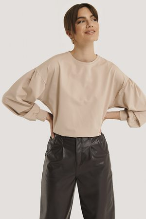 NA-KD Oversized Puff Sleeve Top