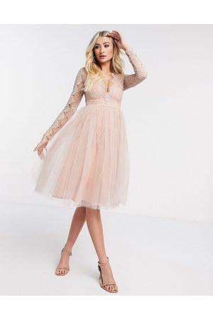 Rare Fashion London midikjole i tyl med lange ærmer-Pink
