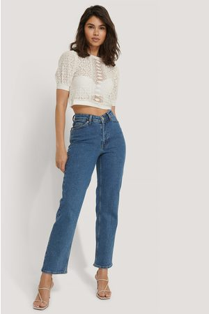NA-KD V-shaped Waist Straight Denim