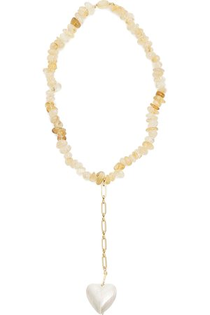 Timeless Pearly Necklace