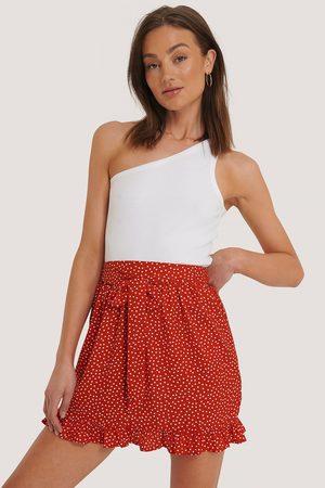 NA-KD Kvinder Mininederdele - Dotted Frill Mini Skirt