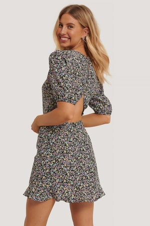 NA-KD Kvinder Festkjoler - Short Sleeve Open Back Mini Dress