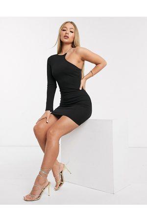 Ax Paris Cremefarvet kjole med én skulder