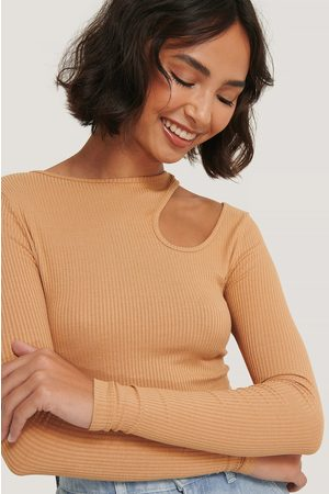 NA-KD Kvinder Toppe - Cut Out Long Sleeve Top